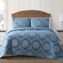 Coastal Living Seascapes™ Blue Dot Medallion Quilt Set